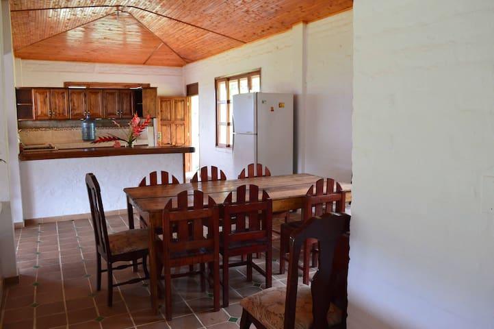 Finca con un paisaje inmejorable - Pavas - Haus