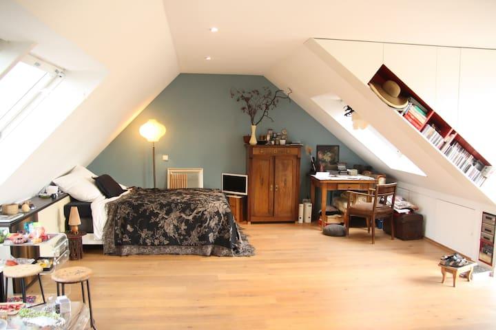 Doppelbett, 1,40x2,00, oben