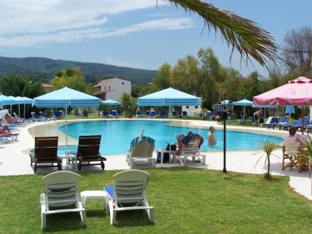 RODASUN STUDIOS N.1 - Corfu - Apartment