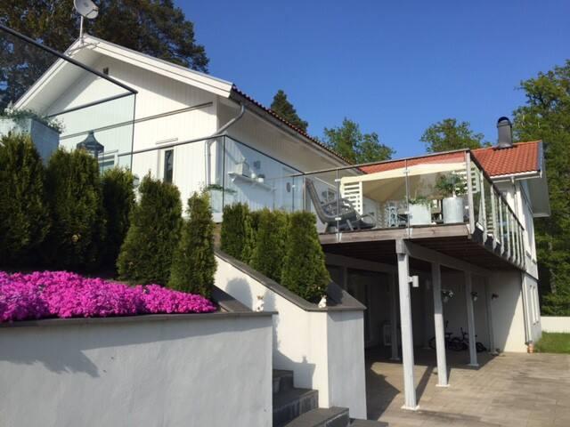 Villa Ekvik - Värmdö SV - วิลล่า