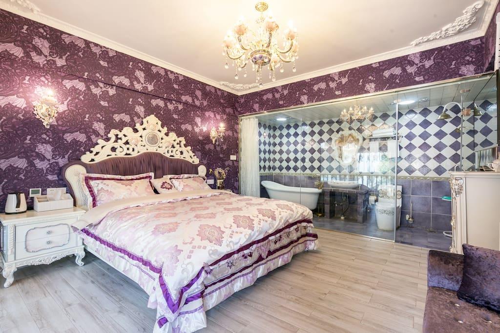 紫风铃大床房*浴缸*地热