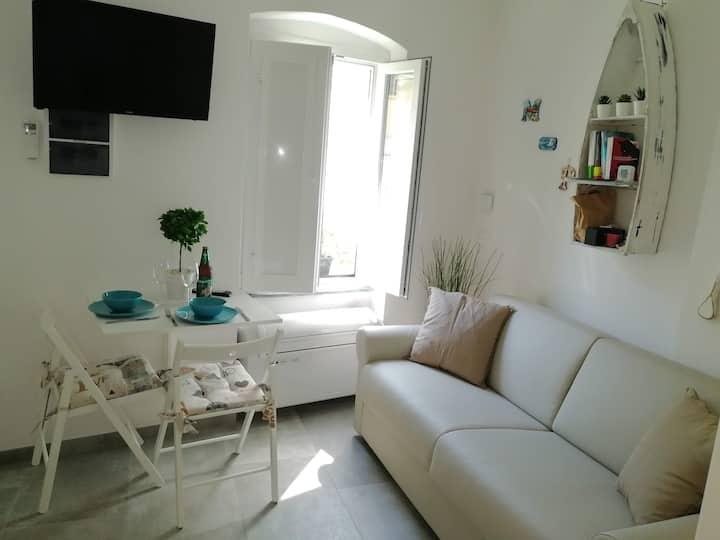 Monterosso, camera indipendente con bagno privato