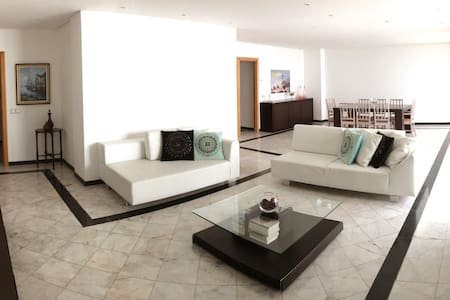 BEST BEACH VIEW - T5 - Appartement