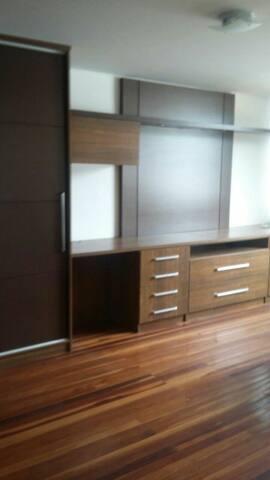Studio em bairro nobre de Brasília - Setor de Mansões Park Way - House
