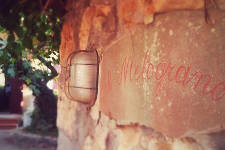 """Il """"Melograno"""", una villa sul mare - Saline Sadun"""