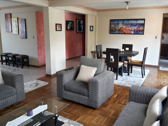 Private Room in shared Apartment - Cochabamba - Appartement