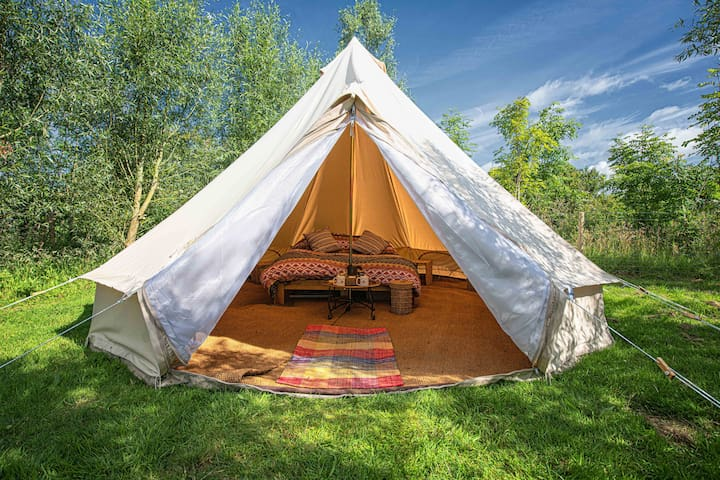 Luxury 5m bell tent with king size bed and more!