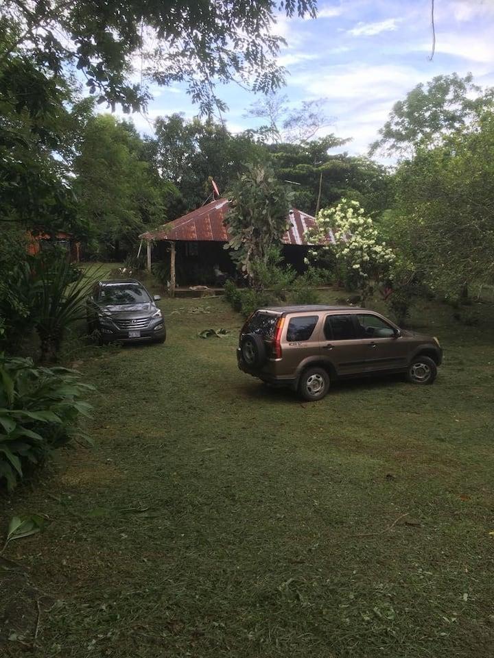 Casa de campo. Hermoso lugar lleno de naturaleza
