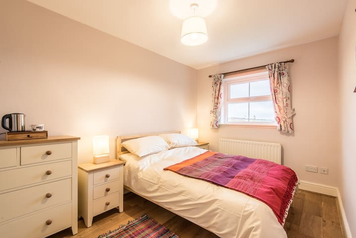 Willowdene House, en-suite B&B on a smallholding