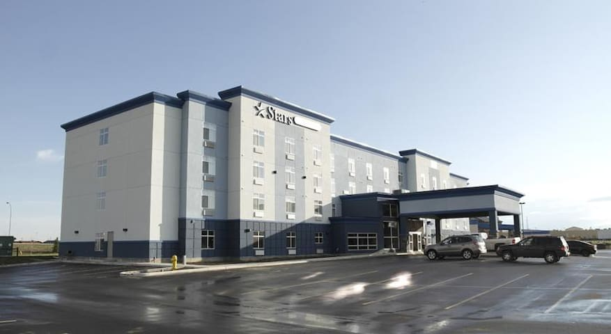Stars Inn & Suites - Single King Kitchen - Fort Saskatchewan - Overig
