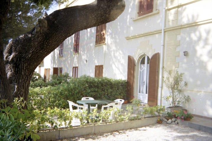 Appartamento con giardino a Quercianella