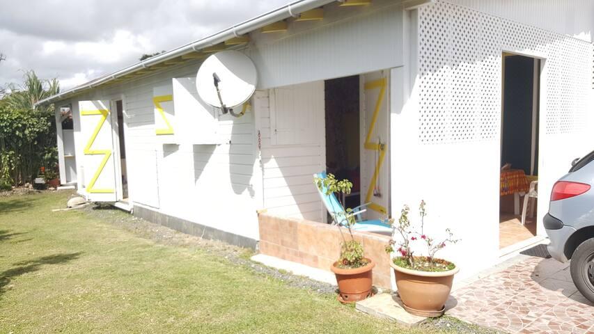 Coté fleurie maison tradionnelle