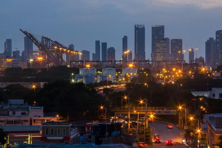 El puerto de noche.