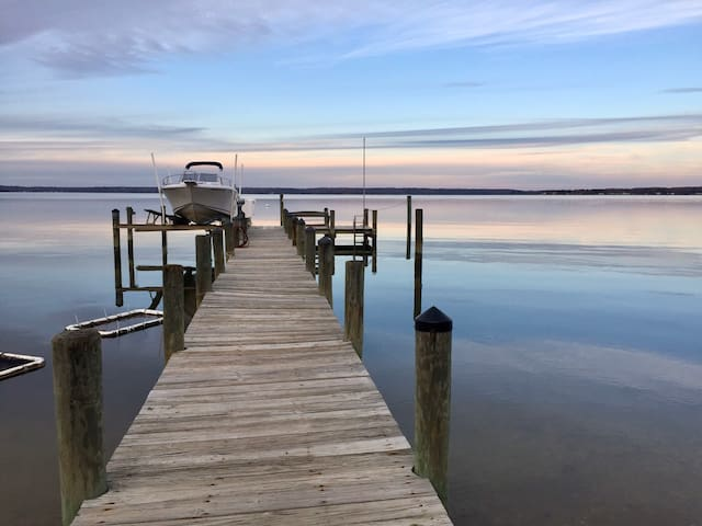 The River House, a Wicomico Beach Retreat