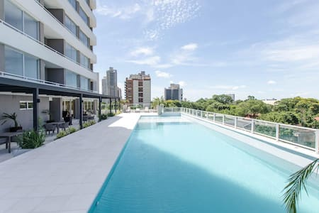 Private 5 star 1 bedroom apartment on SkyTower