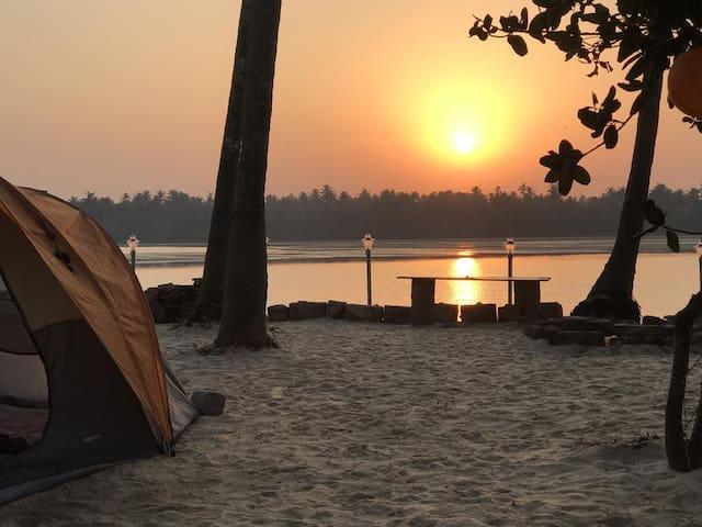 Zone 51 Malpe - Campsite & Tent Stay