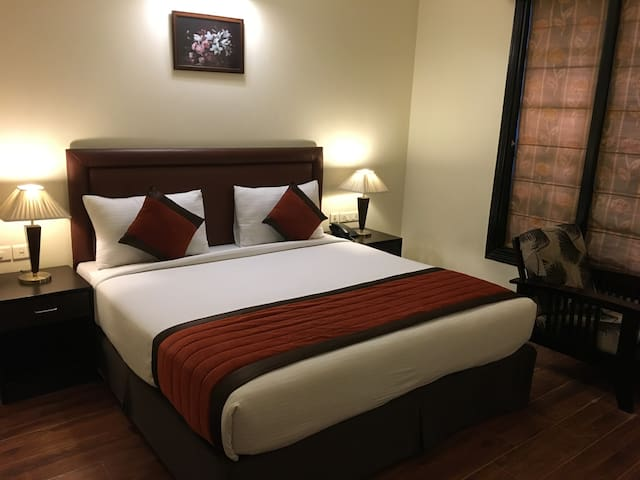 Luxurious BnB in Central Gurgaon !