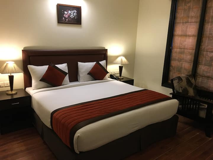Safe, Sanitized, Luxurious BnB in Central Gurgaon!