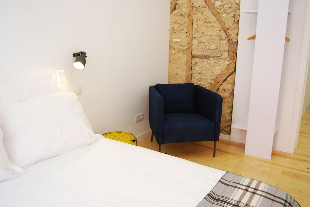 thepostcardlisbon b b room 2 chambres d 39 h tes louer lisboa lisboa portugal. Black Bedroom Furniture Sets. Home Design Ideas