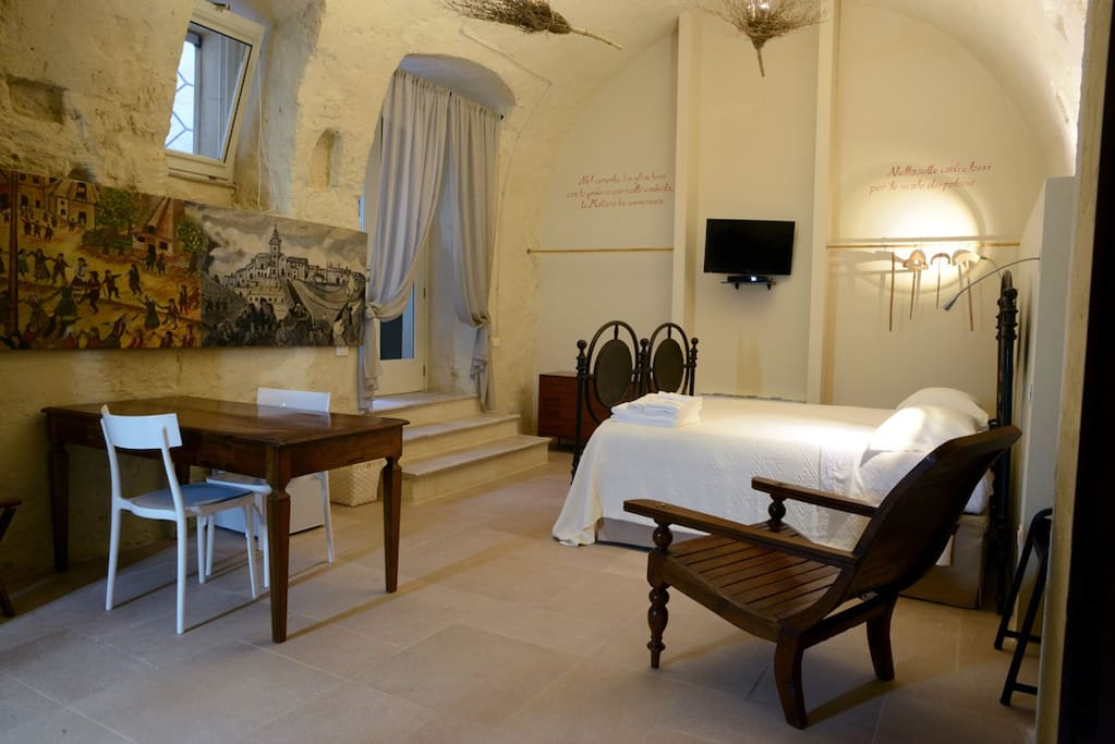Casa diva la cupa cupa bed and breakfasts for rent in - Casa diva matera ...