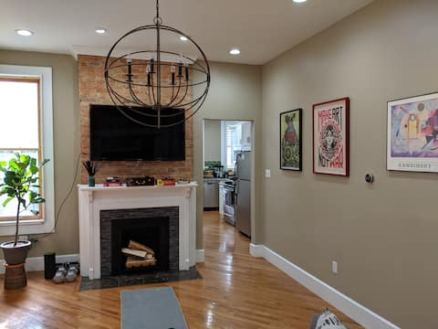 Beautiful Clean Apartment for Short Term Rent Save