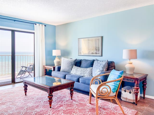 The Summit 1211 - Cozy coastal condo with shared pools, hot tubs, & easy beach access