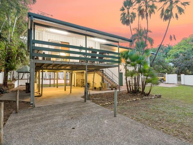 Tropical Oasis on Porter - Ludmilla - Casa