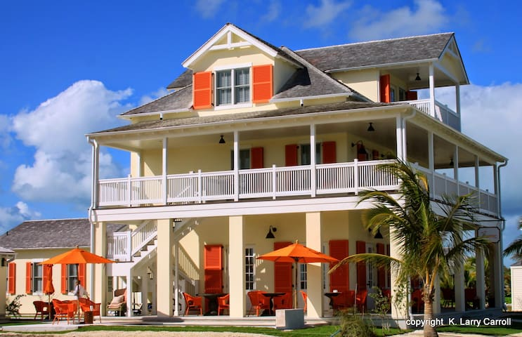 The Sandpiper Inn Boutique hotel