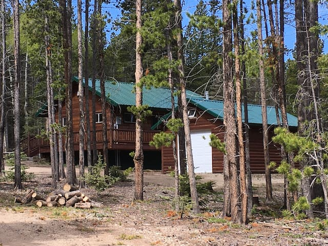 Elk Crossings Cabin