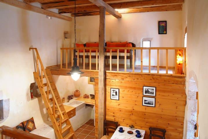 Patitiri, traditional villa Irini - Vafes, Chania - Huis