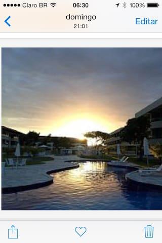 Condomínio à beira mar - CARNEIROS BEACH RESORT