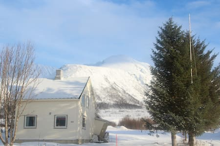 Farmhouse under the Lyngen alps