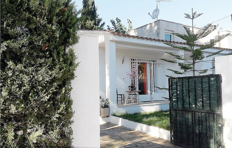 Terraced house with 2 bedrooms on 80 m² in Cambrils