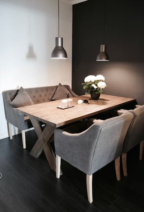 Dining table with seats for 6-7 people