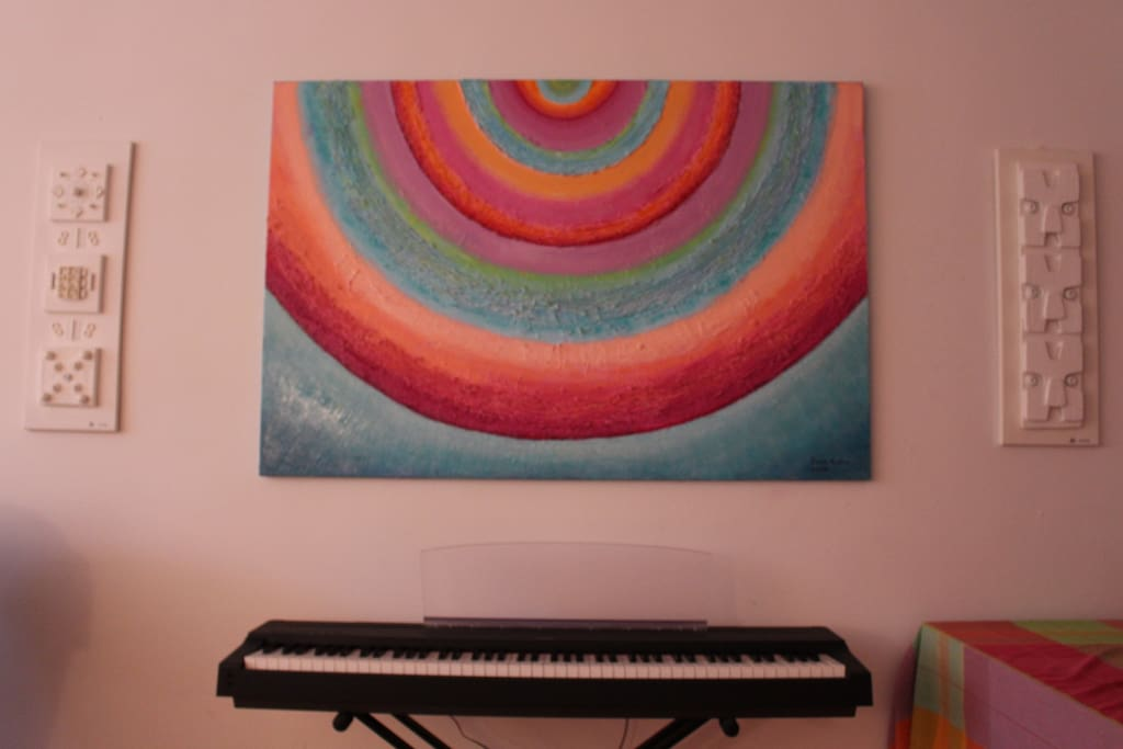 Keyboard piano in living room