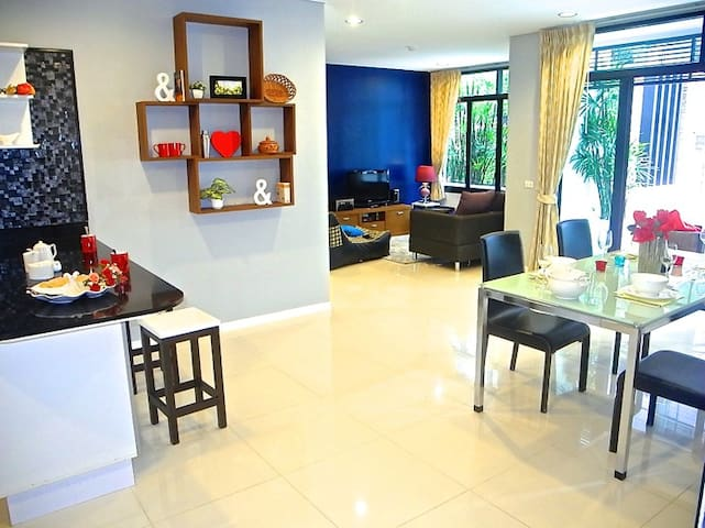 Very Nice Apartment near Kamala Beach