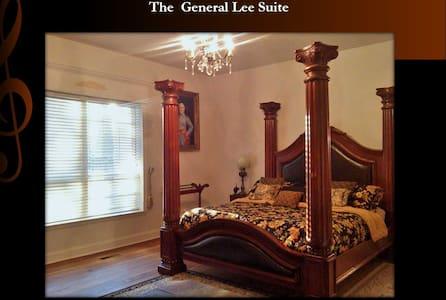 General Lee Suite - Ramer