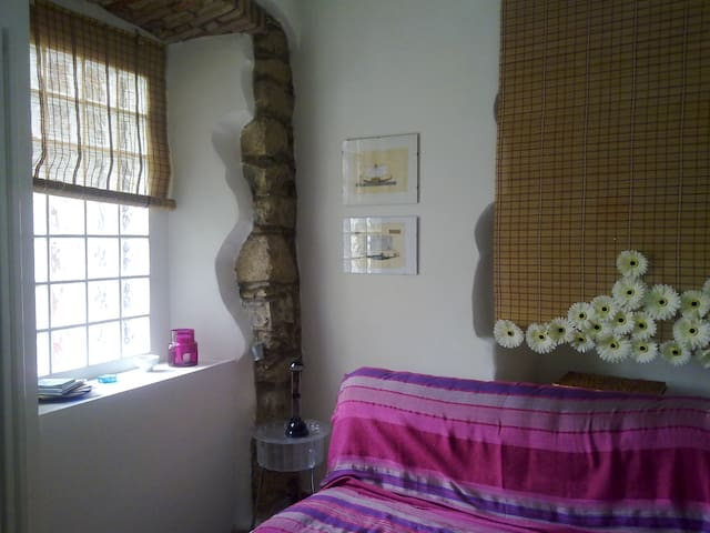Studio in old town center - Corneno-galliano-carella Mariaga - Appartement