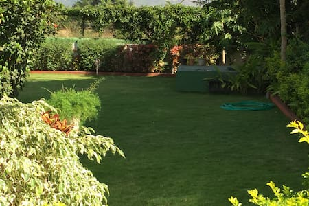 Gorgeous bungalow near Lonavala - Bungalow