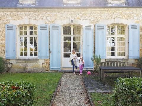 Chateau de Charras -2 bedroom holiday apartment