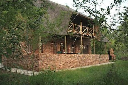 Family house in the serene bush - Marloth Park