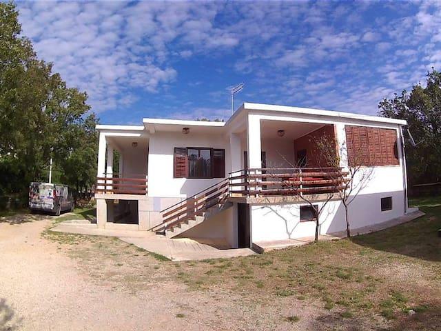 House Nereida - Starigrad Paklenica - Dům