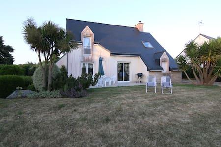 Pavillon 1000m² jardin 500m plage - Plurien - Haus