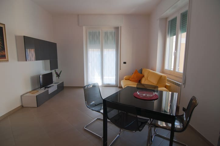 Close to the beach and town centre - Chiavari - Apartamento