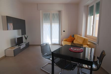 Close to the beach and town centre - Chiavari - 公寓