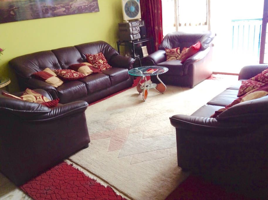 Lounge to be shared with house owners