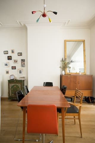 Charming room in  St Gilles