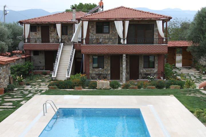 Anatolia Hotel - Geyre Mahalesi  - Pousada