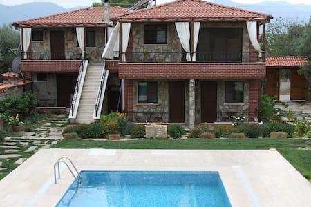 Anatolia Hotel - Geyre Mahalesi  - Bed & Breakfast