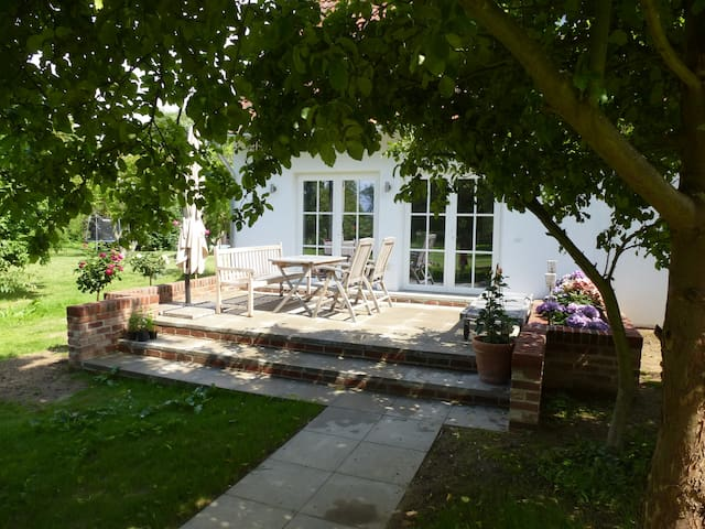 Witzuk, ruhiges Strandhaus - Warnkenhagen - Huis